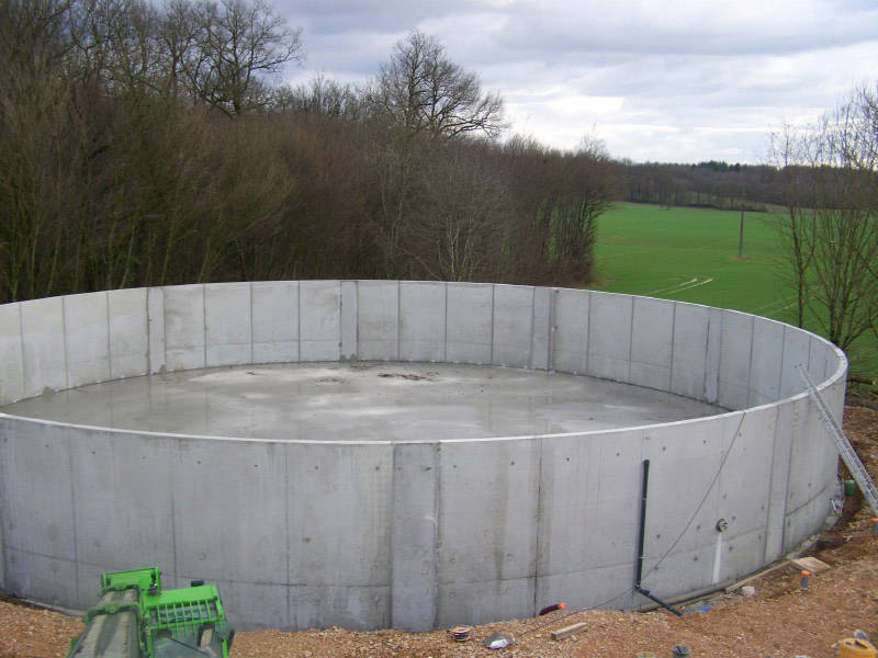 B ton berthozat fabrication de fosse ronde for Fabrication piscine beton